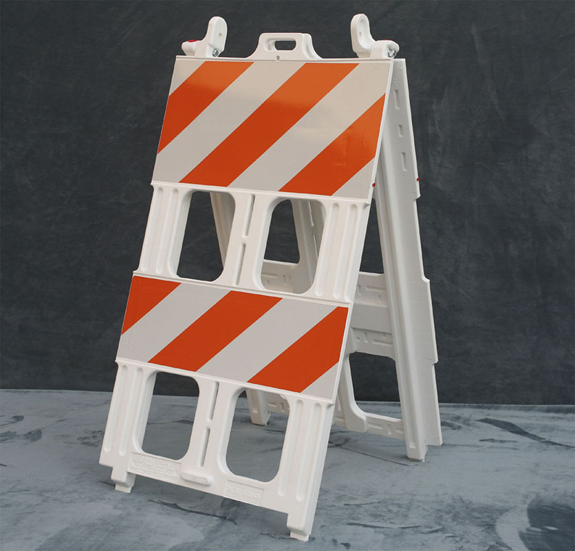 Type 2 Plastic Barricade